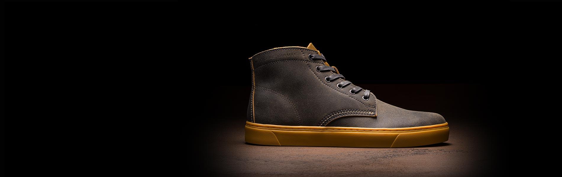 Men's original 1000 mile sneaker.