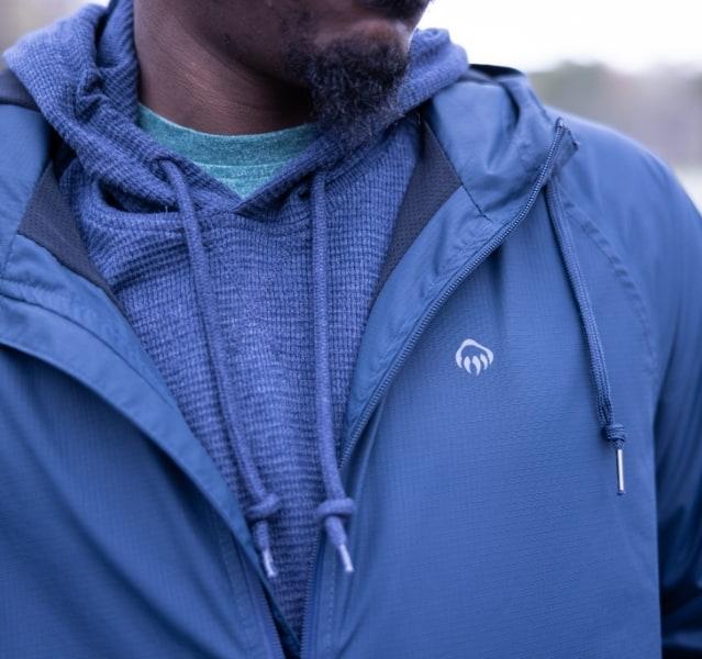i90 rain Jacket in blue.